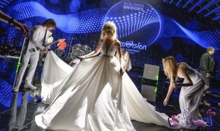 Полина Гагарина показала платье для «Евровидения»