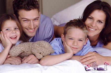 Ученые: Родители больше всего любят собственных старших детей